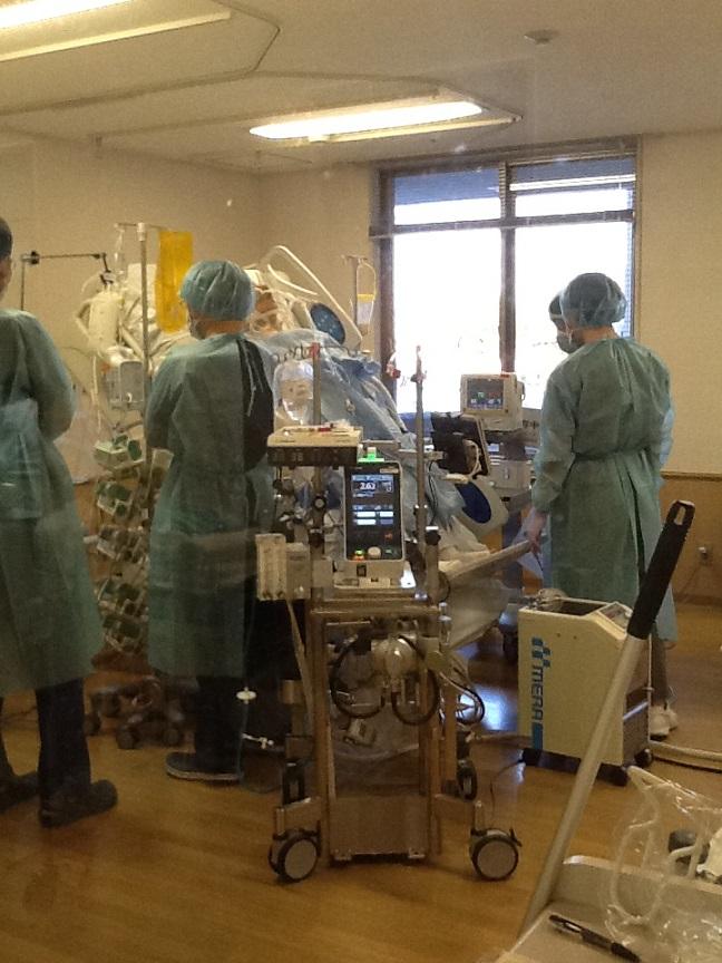 ECMO患者の立位リハビリテーション