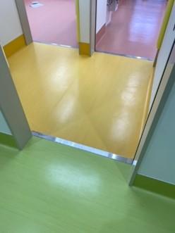 床面の色分け